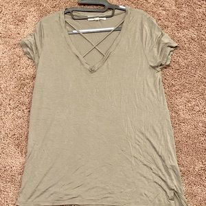 Project Social T- army green v-cross tee size L
